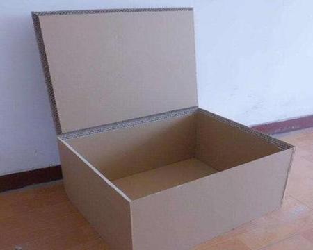 蜂窝纸箱的加工方式www.kmcyzp.cn